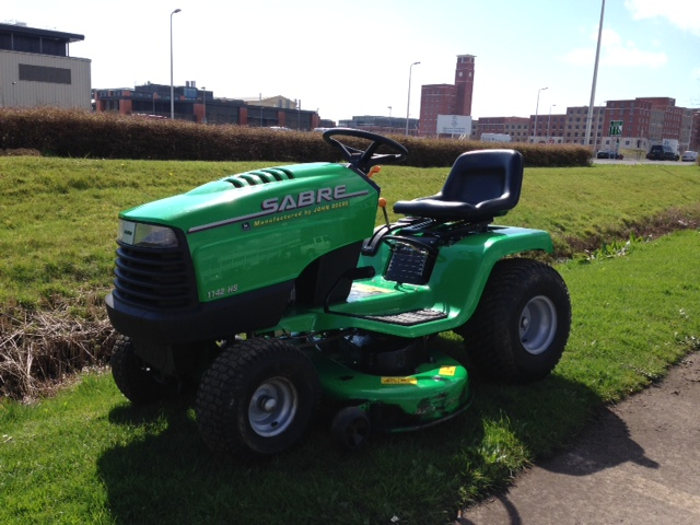 Now Sold Second Hand John Deere Sabre 1742hs Side Discharge Mulcher