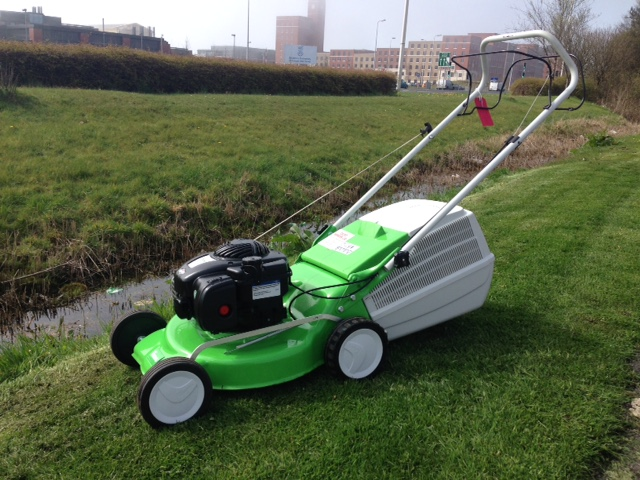Second Hand Viking Mb248t Self Propelled Lawnmower