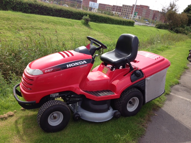 The Honda HF2417HME Is Hondsu0027a Best Selling Garden Tractor. Specification  Includes :