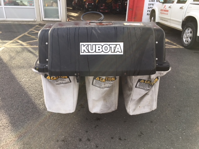 Used Second Hand Kubota G1900 Hst With 3 Bag Collector