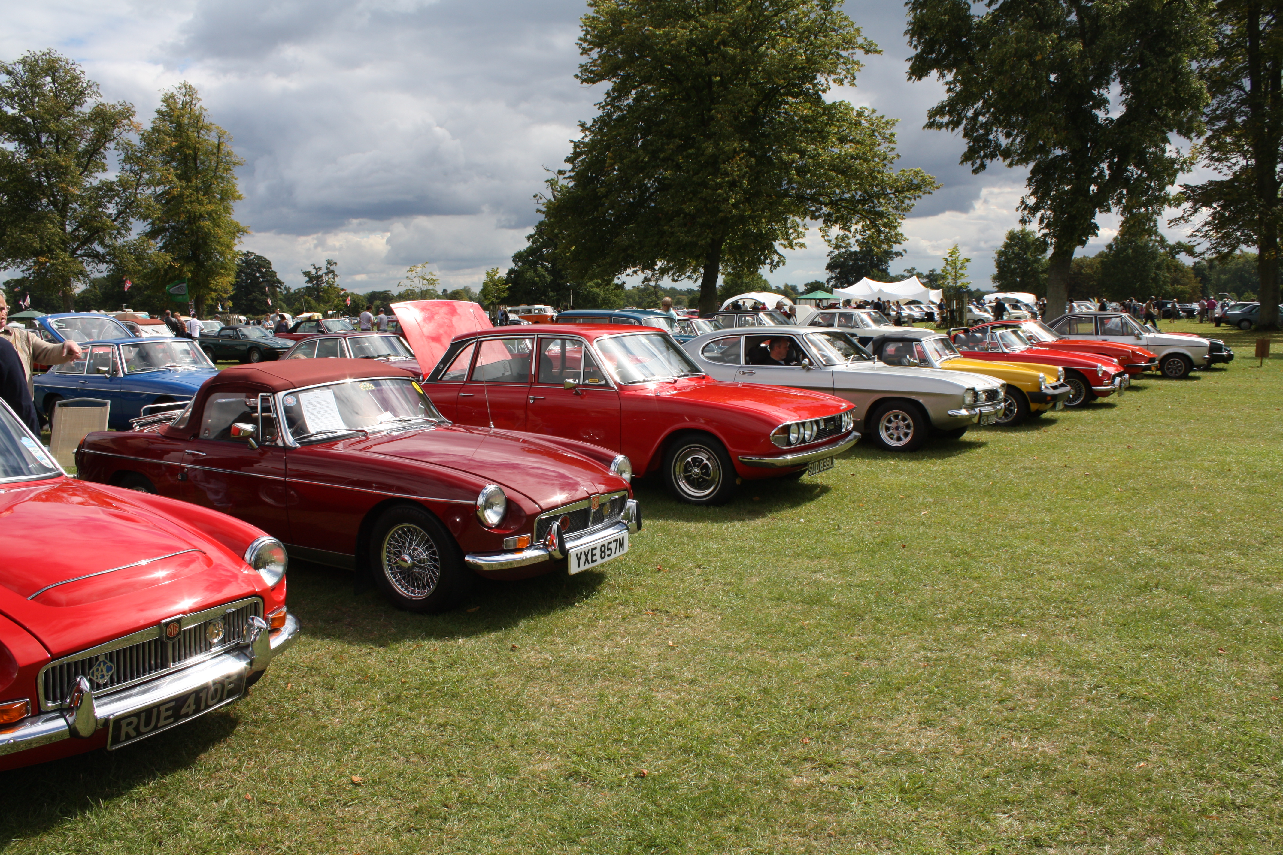 Classic Car Shows: Celtic Mowers Announces Sponsorship Of The Swansea Classic